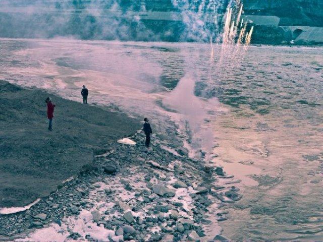Más-allá-de-las-montañas-2015